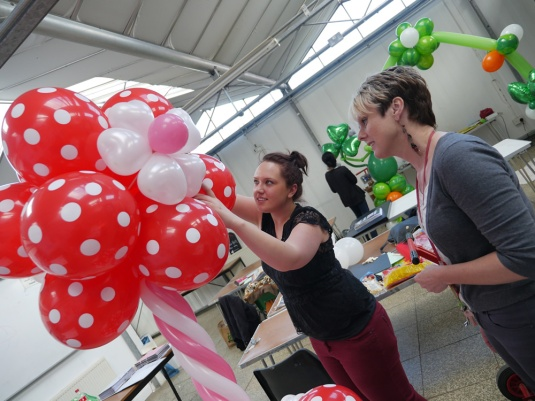 Balloons-courses-at-Capel-Manor-College